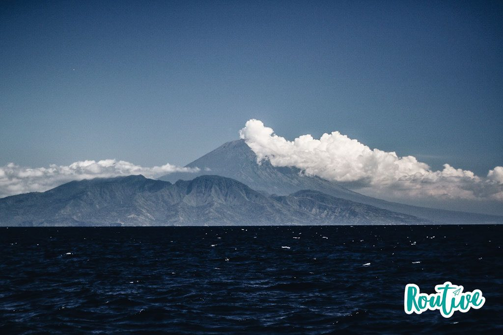 volcan agung bali indonesia routive